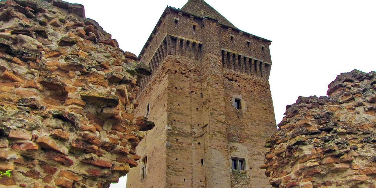Porušeni zid Bačke Tvrđave