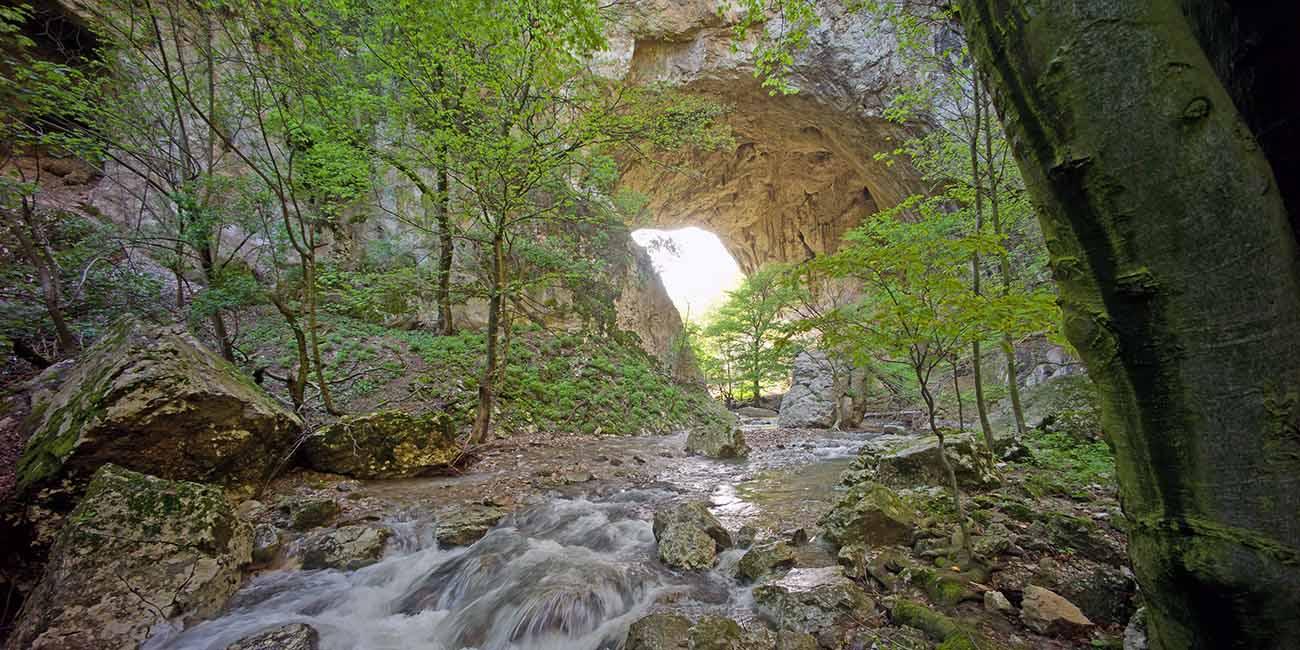Vratna River Canyon