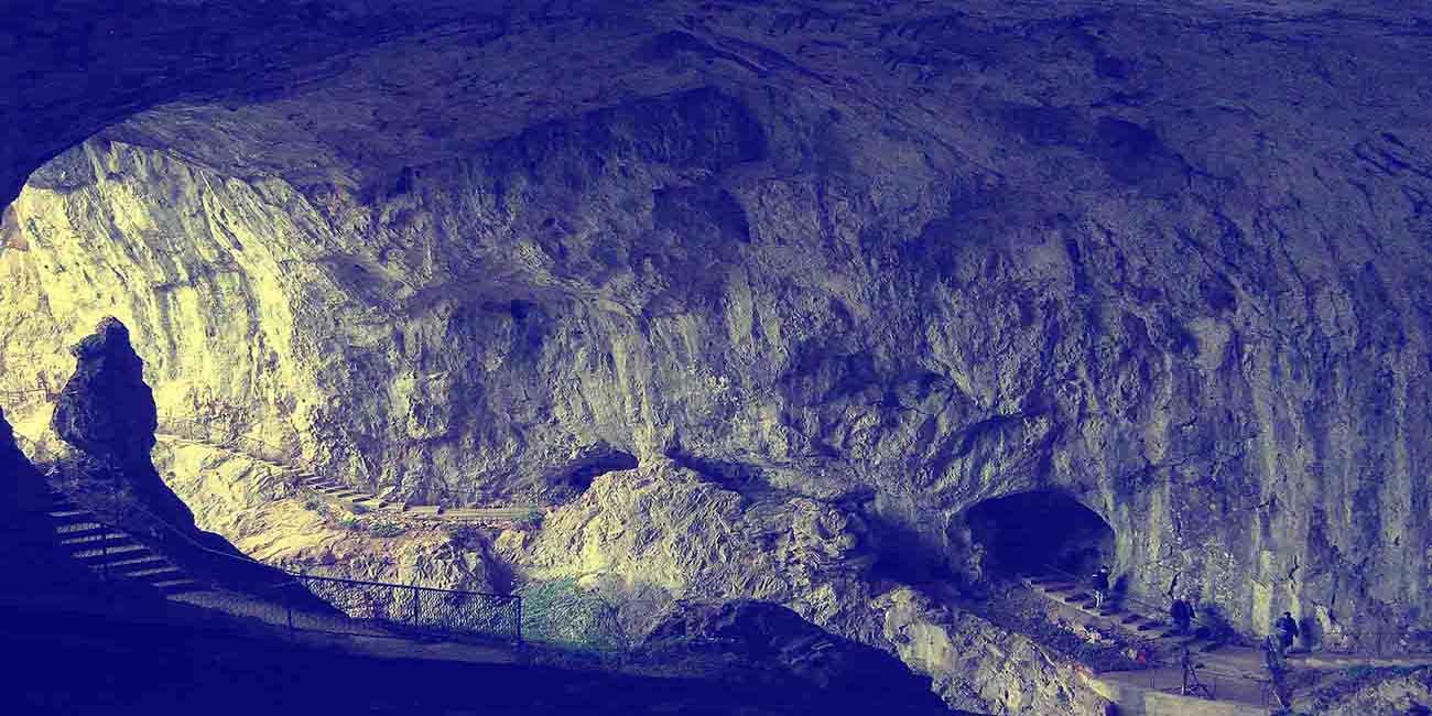 Potepecka Cave